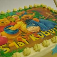 tort z kubusiem