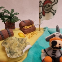 tort z piratem