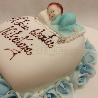 tort na chrzest serce