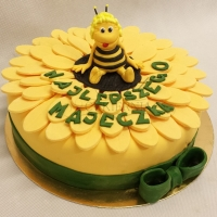 tort z pszczolka maja